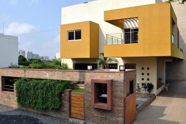outside-colour-of-indian-houses (1)